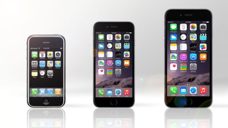 3 generations of iPhone